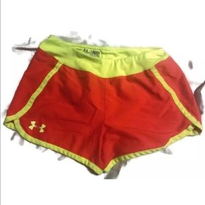 Under Armour Girls Running Shorts Size Youth Large